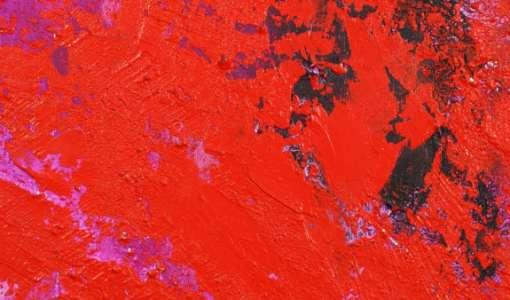 Monochromes Rot und Spachtelmassen
